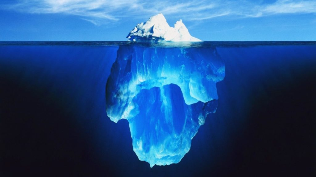 Non facciamoci incantare da certi temi che diventano la moda del momento, che sono solo la punta di un iceberg, una minima parte di quello che serve per fare un grande vino (tutto l'iceberg). Alla base di un grande vino c'è sempre lo stesso dai tempi dei tempi: un grande territorio e un vignaiolo/vinificatore esperto e sensibile.